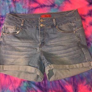 Forever 21 better butt Jean shorts
